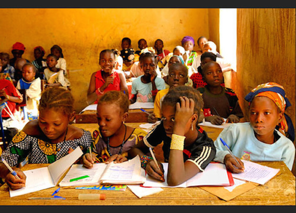 The bitter drink supports education in Mali